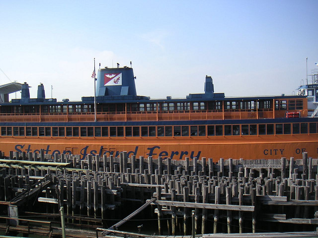 Staten_Island_Ferry_(south_ferry)_NYMA_Bons_Plans