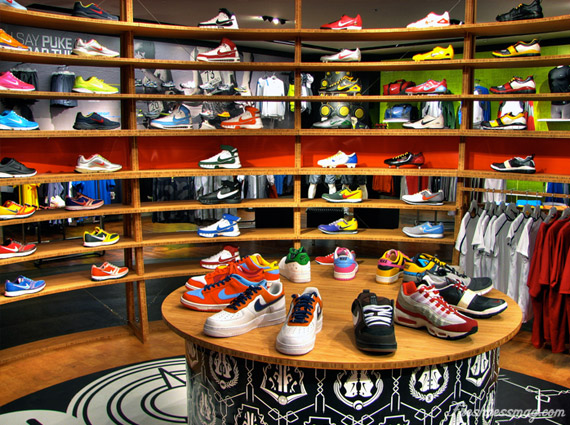 details for look for the latest adresse magasin nike new york,nba store new york