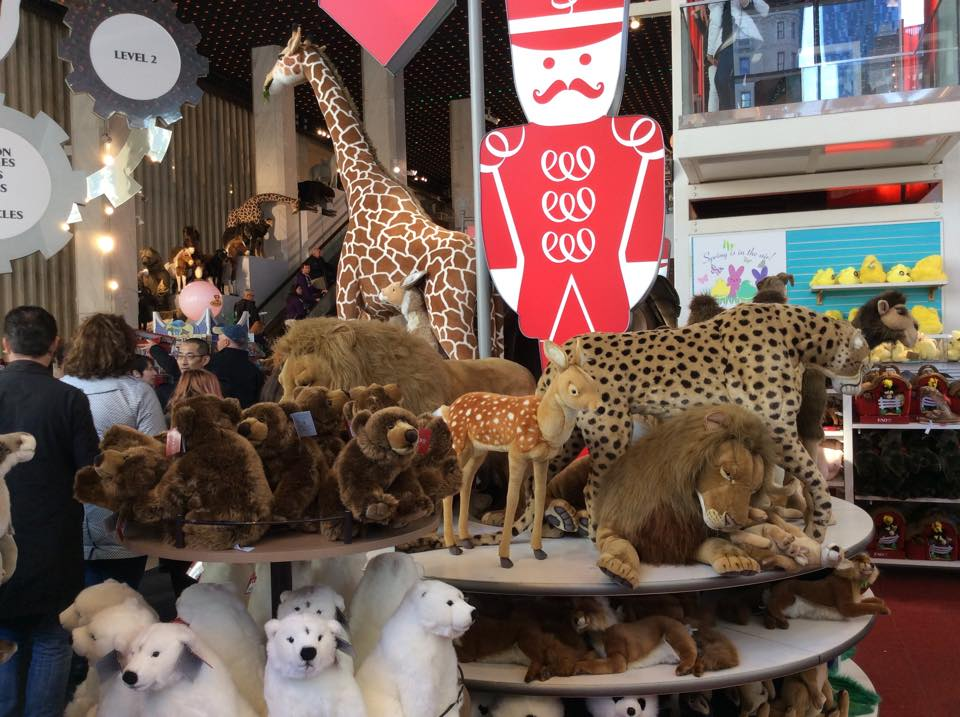 Magasin_de_jouets_FAO_Schwarz_new_york_NYMA5