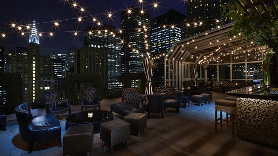 Upstairs at the Kimberly : un rooftop à New York